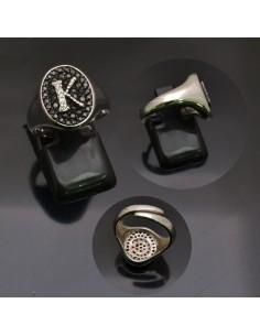 Anello con lettera iniziale K con brillantini regolabile in argento 925%