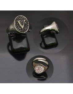 Anello con lettera iniziale V con brillantini regolabile in argento 925%