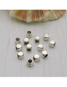 Distanziatori Cubo a piccola 3 mm 20 pz in metallo per bigiotteria