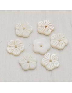 2 pz fiore di madreperla a Petali incisi foro centrale bianco fai da te
