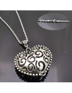 Bellissima collana Cuore grande con campanellino all'interno COLORE ARGENTO 6 CM