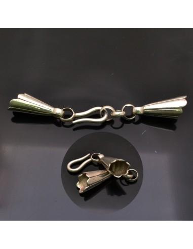Chiusura 30x12 mm forma di calla con gancio per collana in argento 925%