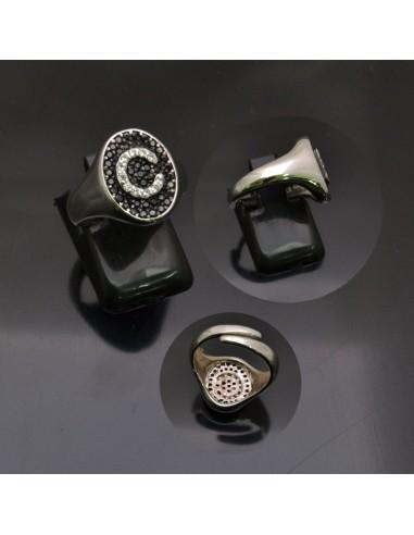 rivenditore all'ingrosso 790d9 ba918 Anello con lettera iniziale C con brillantini regolabile in argento 925%-  Gioie d'Oriente