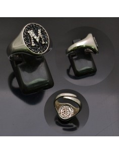 Anello con lettera iniziale M con brillantini regolabile in argento 925%