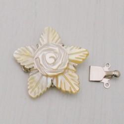 CHIUSURA CENTRALE IN MADREPERLA con fiore 3 fili 32 mm incastro per collana bracciale