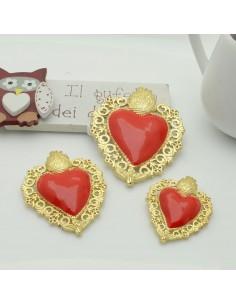 ciondoli a forma sacro cuore smaltato rosso base col oro con ganci dietro passante in ottone