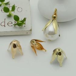 Copri perla a forma fiore 12 x 10  mm liscio luminoso in ottone 2 pz per le tue creazioni