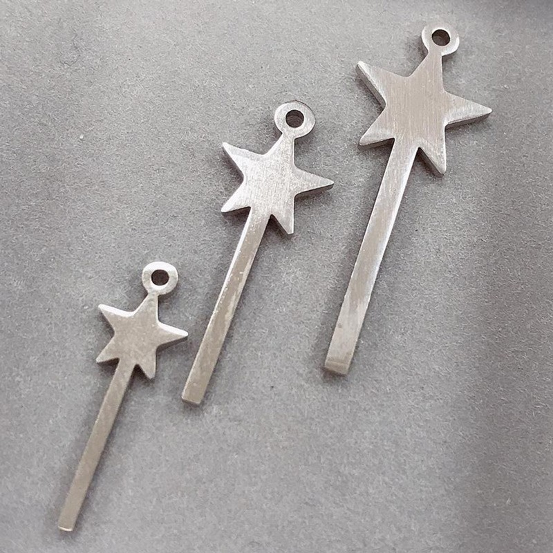 ciondolo bacchetta magica in acciaio inossidabile liscio varia misura 1 pz per le tue creazioni!