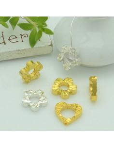 Connettori ciondoli con foro fiore e cuore con fantasia 10 mm 3 pz per le tue creazioni