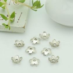 Copri perla fiorellino 6.5 mm col argento 40 pz per le tue creazioni
