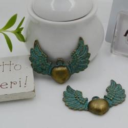 Ciondoli ali con cuore colore bronzo azzurro 26 x 35 mm per bigiotteria