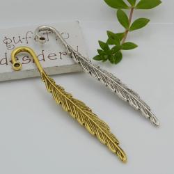 Segnalibri 2 pezzi in metallo forma di piuma 80.5 x 13 mm per un'idea regalo da personalizzare con ciondolo e perle