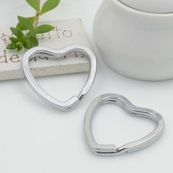 Anelli Brisè a forma di cuore per Portachiavi FILO PIATTO DOPPIO 31 x 32 mm 2 pz per ciondolo per tue creazioni