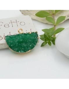 Ciondolo Druzy in Resina a forma di ventaglio 24 x 18 mm colore verde bordo placcato oro per le tue creazioni