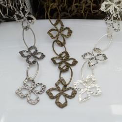 Catena con fantasia lavorata in metallo forma quadrifoglio 36 x 31 mm con anella ovale 30 x 15 mm 1mt per le tue creazioni!