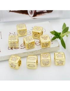 Cubetti strass oro vari disegni 7.5 mm foro 3.5 mm 1 pz per le tue creazioni fai da te!!