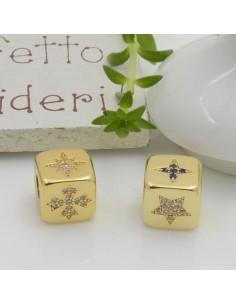 Cubetti strass oro vari disegni 7.5 mm foro 3.5 mm 1 pz in ottone per le tue creazioni fai da te!!