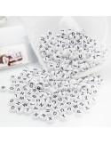 Perline lettere di plastica bianco scritta nero 4 x 7 mm 500 pz PER BIGIOTTERIA per le tue creazioni