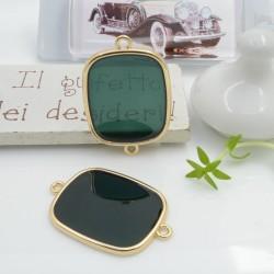 Ciondolo connettore piastrina in resina vetrificata 23 x 34 mm 1 pz colore verde scuro in ottone oro per le tue creazioni!!!