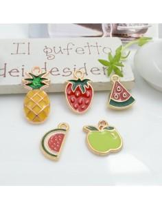 Ciondoli Charms frutta assortita varie misure 2 pz base oro in ottone per le tue creazioni fai da te!
