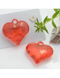 Ciondolo Cuore con rosa e scritta Love colore rosso in resina 28 mm 2 pz per le tue creazioni alla moda!!