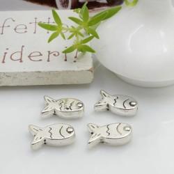 Distanziatori Perline piatto colore argento 11 x 8 mm 8 pz a forma di pesce in metallo per bigiotteria per le tue creazioni!