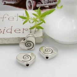 Distanziatori Perline piatto colore argento 9 x 11.5 mm 5 pz a forma di cuore con chiocciola in metallo per le tue creazioni!