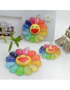 Ciondolo Margherita con Smile colore arcobaleno in resina diverse misure 1 pz per le tue creazioni alla moda!!
