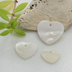 Ciondoli in madreperla a forma di cuore diverse misure 2 pz per le tue creazioni!!