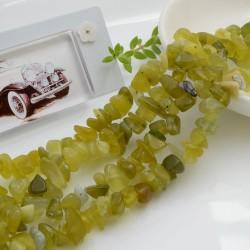 Perline in pietra chips 5 x 9 mm Giada limone Sassolini per bigiotteria circa 200pz filo 90cm