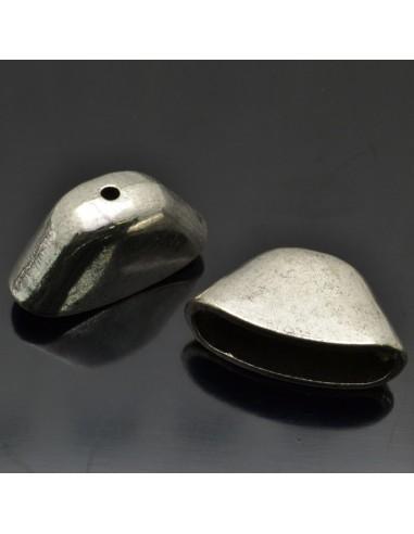 Coppette piatte terminali per cuoio 27x15x10 mm 2 pz