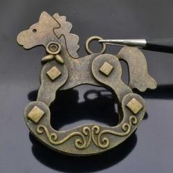 ciondolo forma di cavallo a dondolo bronzo pendente cavallo 50x55 mm per bigiotteria